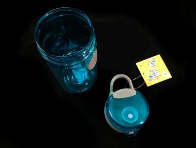 Бутылка для воды Smile SBP-2 560 мл. голубая фото 3