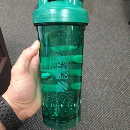 Спортивна пляшка-шейкер BlenderBottle Pro28 Tritan 820ml Green (ORIGINAL) фото 2